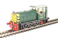 Class 05 Hunslet shunter D2581 in BR green with wasp stripes