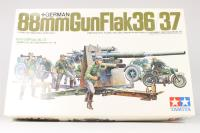 88mm Gun Flak 36/37 with limbers, BMW R75 motorbike and 9 figures. - Pre-owned - Like new