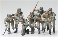 German Assault Troops with 8 figures