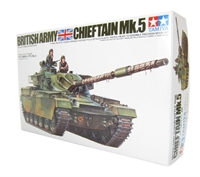 British Cheiftain Mk5 tank with 2 figures