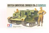 British Universal Carrier / Bren Gun carrier MkII with 3 figures - Pre-owned - Like new