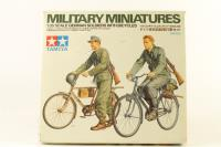 German Soldiers with Bicycles - Pre-owned - imperfect box