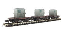 Triple pack Conflat wagons BR bauxite AF containers light blue - weathered