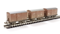 Triple pack 12 Ton ventilated vans BR bauxite early - weathered