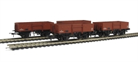 Pack of 4 13 ton high sided steel open wagon with chain pockets in BR bauxite (early)
