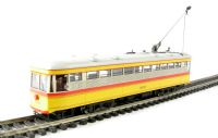 """American Peter Witt street car with full interior & lights in """"Baltimore Transit Co."""" livery (DCC on board)"""