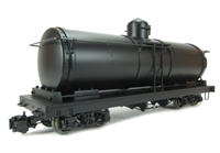 Tank Car Painted, Unlettered - Black