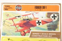 Fokker Dr-1 - Pre-owned - some parts have separated from the grid -