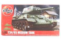 T34-85 tank with Russian marking transfers - Pre-owned - imperfect box