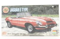 E Type Jaguar 1:32 scale - Pre-owned - Like new