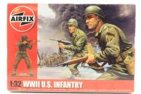 WWII US Infantry in assorted poses (14) - Pre-owned - imperfect box