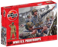 WWII US Paratroopers in assorted poses (14).
