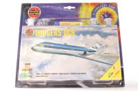 Douglas DC9 - Pre-owned - Paints that come with the kit have separated