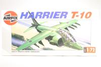 McDonnell Douglas/BAe Harrier II TAV-8B/T-10 Model Kit 1:72 - Pre-owned - Some pieces detatched from spue - imperfect box