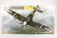 Supermarine Spitfire F22/24 - Pre-owned - Like new
