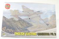 English Electric Canberra PR9 with RAF and Chilean AF marking transfers - Pre-owned - imperfect box
