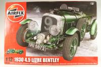 1930 4.5 Litre Bentley - Pre-owned - seal containing components inside is unopened - a few have have come loose - very good condition - imperfect box