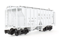 Covered hopper - L&N Dixie