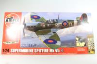 Battle of Britain Memorial Flight Spitfire MkVb with RAF and USAF marking transfers and electric motor - Pre-owned - imperfect box
