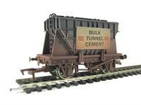 Presflo wagon in Bulk Tunnel Cement livery. Weathered (ex-B1011W)