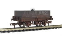 "Rectangular Tank Wagon ""Rimer Bros"". Weathered"