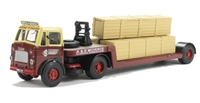 "Leyland Beaver Low Loader & 3 Long Crates ""A & E Morris"""