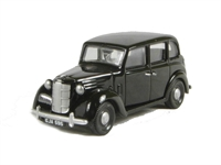 Austin FL1 in black with Hackney plate