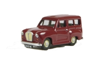 Austin A35 Countryman in maroon