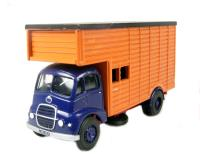 Guy Warrior horsebox with blue cab