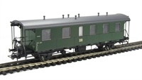 Passenger coach 4 wheel DR Epoch 3 (Bad 11)