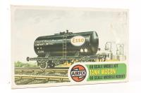 Esso Tank Wagon Kit - Pre-owned - Like new