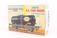 Esso Tank Wagon Kit - Pre-owned - sold as seen