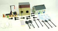 Building Accessories Pack 2. Contains 1 x R539, 1 x R8003, 1 x R574