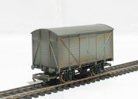 Grey ventilated van (weathered) (Thomas the Tank range)
