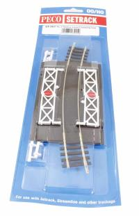 Curved (No.3 Rad.) Level Crossing, complete with 2 ramps & 4 gates