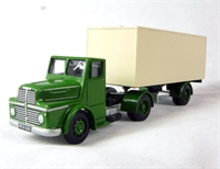 Thorneycroft sturdy articulated van in green/cream
